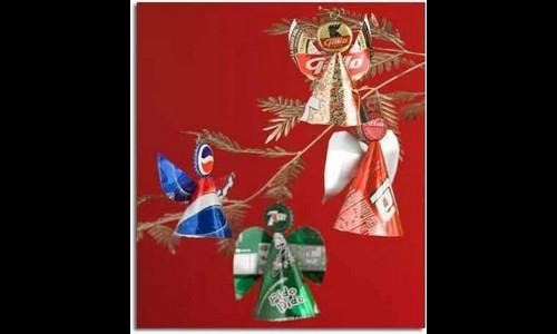 Ángeles navideños reciclados