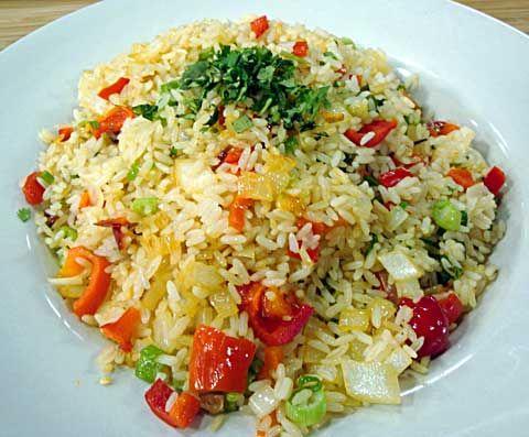 Como preparar arroz con pimientos for Como cocinar arroz