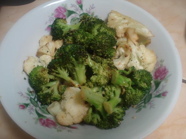Ensalada de brócoli y coliflor