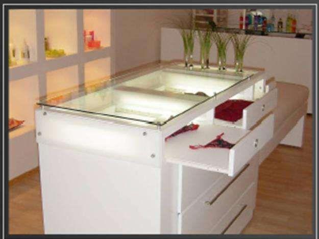 Muebles para tiendas de ropa for Muebles para boutique