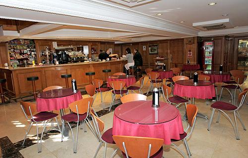Como decorar una cafetería moderna