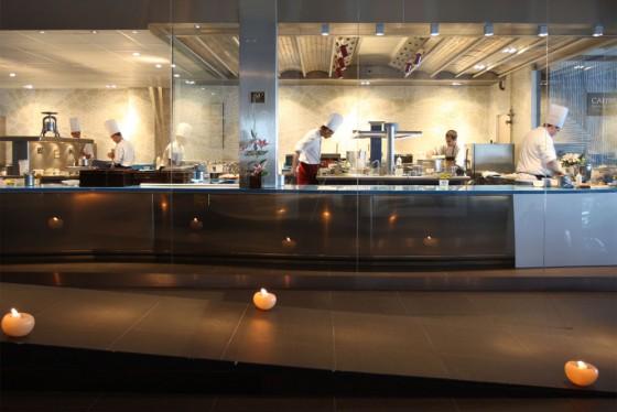 Dise o de cocinas de restaurantes for Cocinas de restaurantes modernos