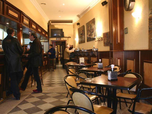 Fotos decorando una cafeter a con el estilo moderno for Como montar una cafeteria