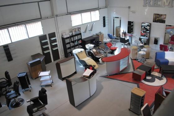 Muebles de peluqueria segunda mano idee per interni e mobili for Muebles de camping de segunda mano