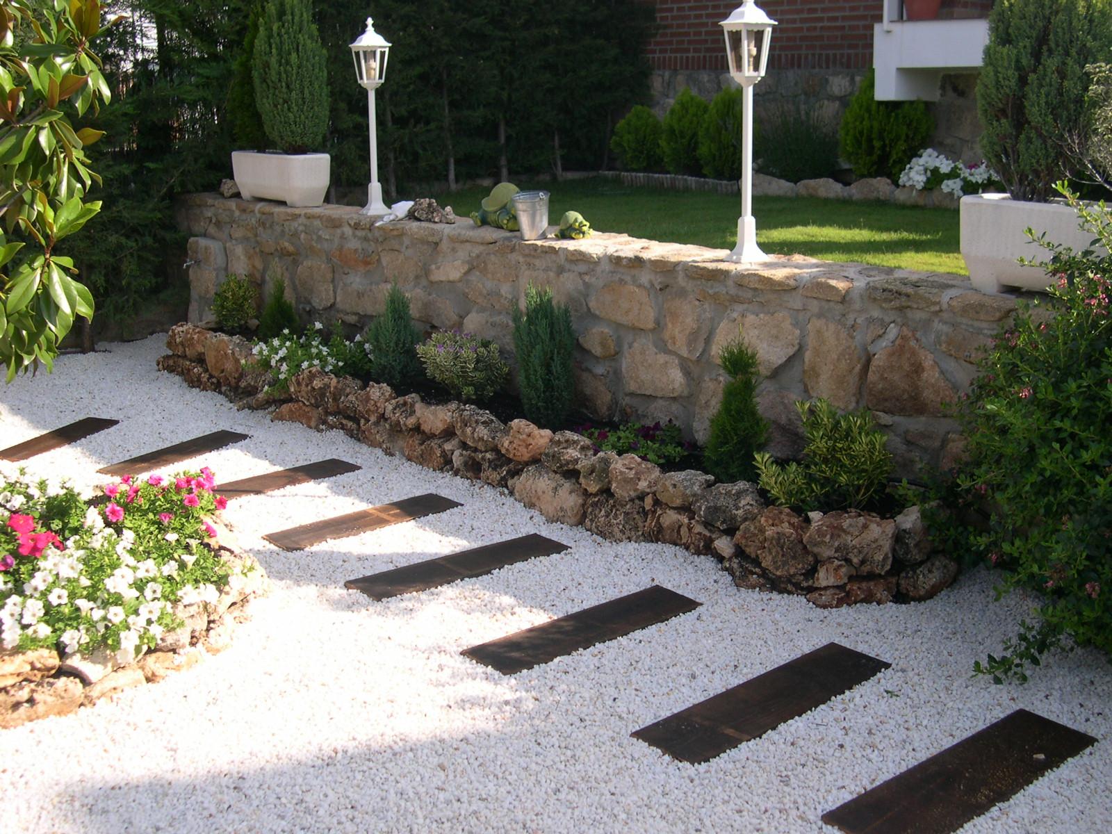 Jardines de dise o fotos for Diseno jardines sin pasto