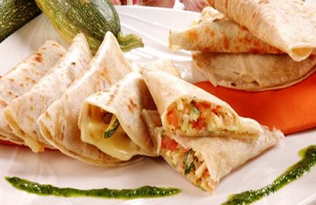 Sabor exquisito: Quesadillas de tacos caseros con jamón & Huevos