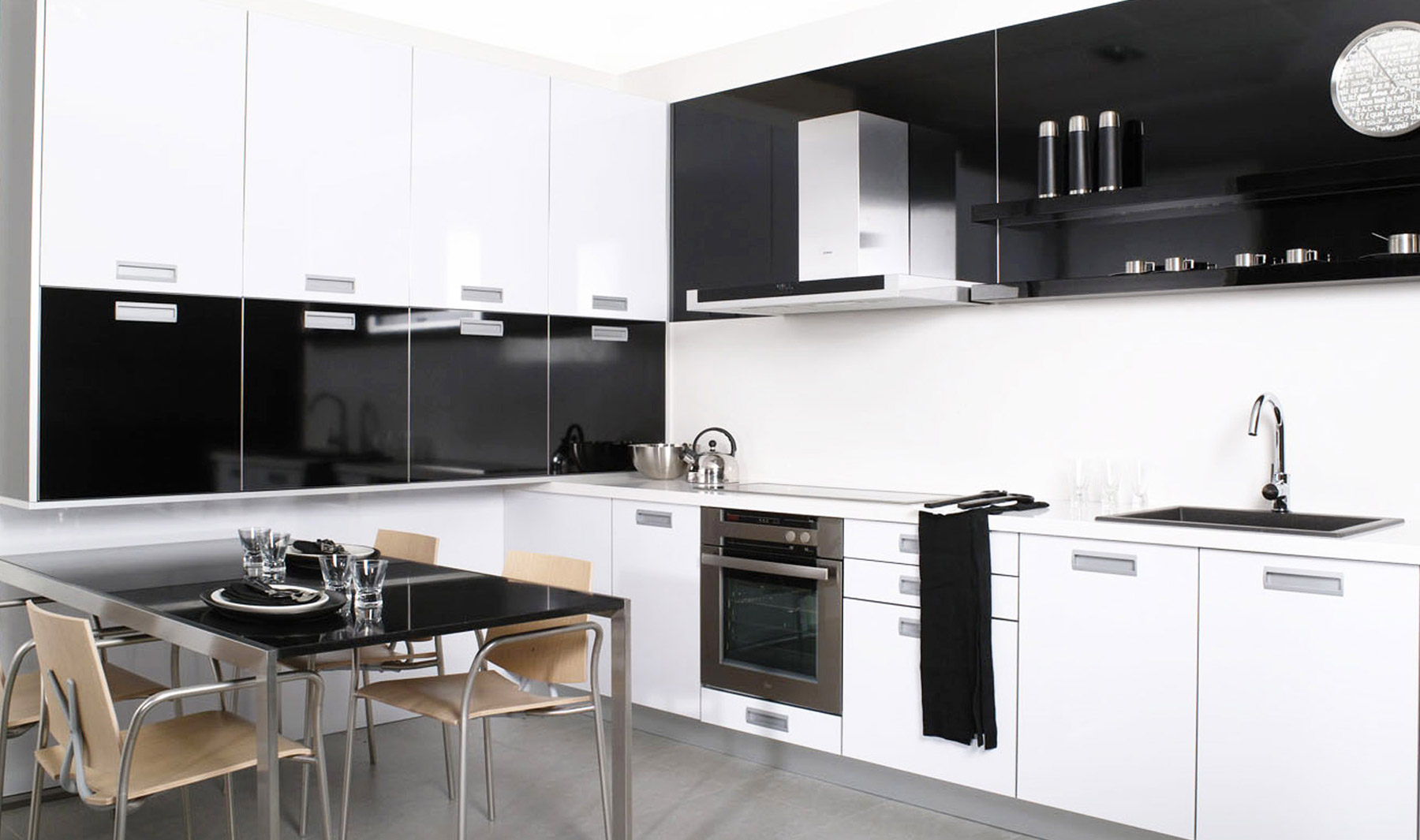 Cocinas integrales modernas para espacios peque os - Cocinas con estilo moderno ...