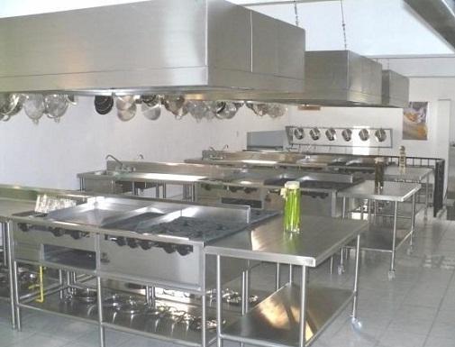 Las mejores cocinas para restaurantes for Disenos de mesas para restaurantes