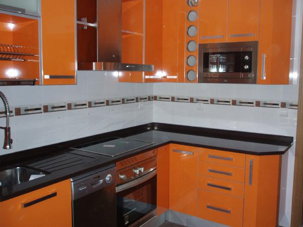 Colores de muebles de cocina ideas de disenos for Colores para cocinas fotos