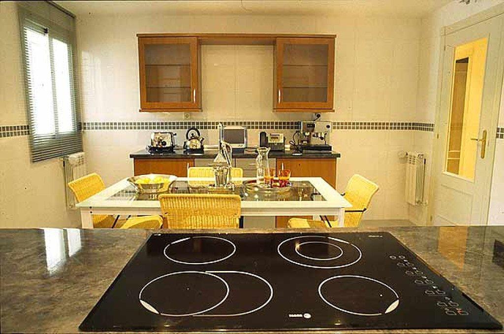 Cocinas de color amarillo - Cocinas con colores vivos ...