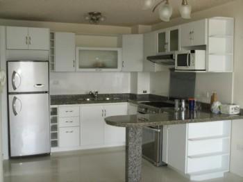 Ver ejemplos con fotos de cocinas integrales y modernas for Buscar cocinas modernas