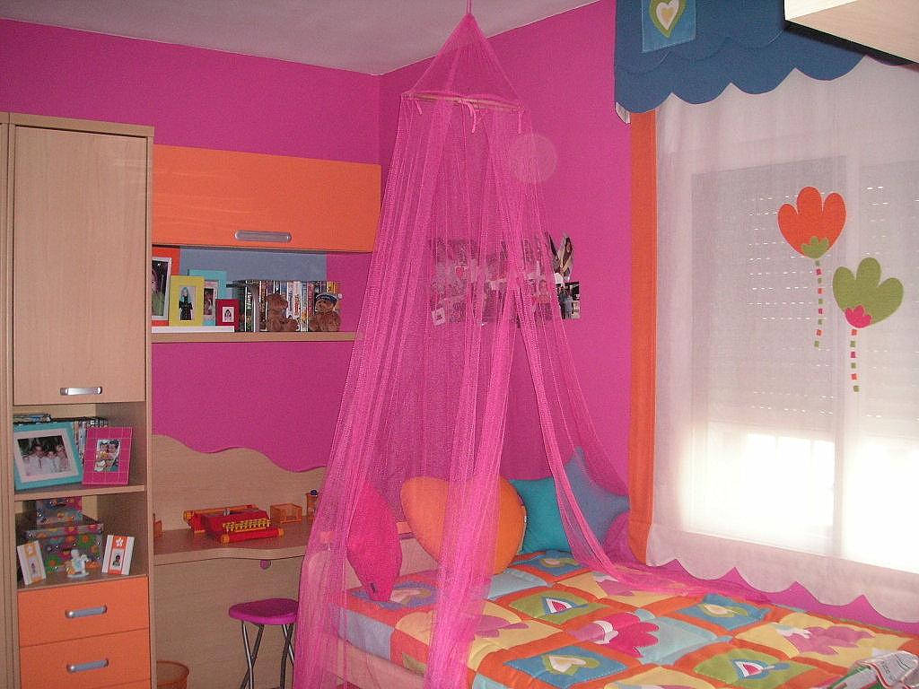 Dormitorios con el estilo princesa for Decoracion cuarto nina
