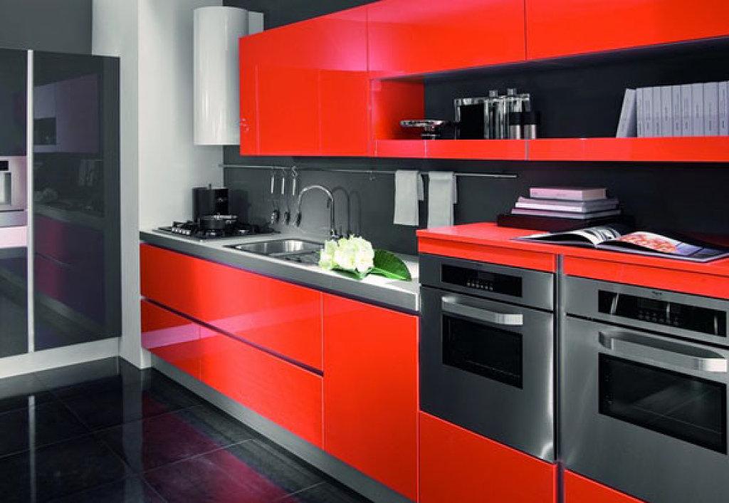 Decoraci n de cocinas rojas for Modelo de cocina rojo y gris