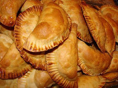 Como preparar Bureekas empanadas rellenas