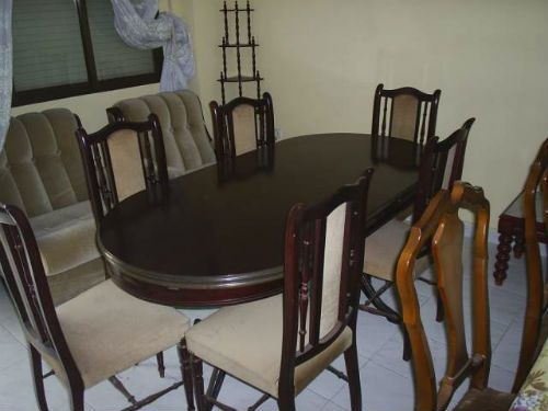 Muebles antiguos de segunda mano