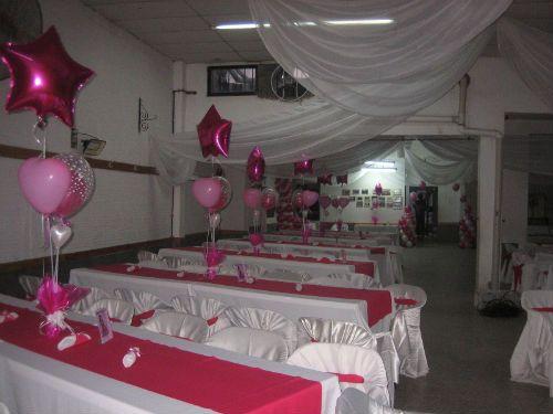 centros de mesa con globos para xv anos