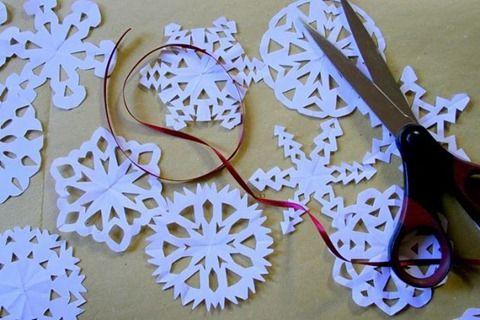 Manualidades para navidad con papel - Adornos de navidad con papel ...