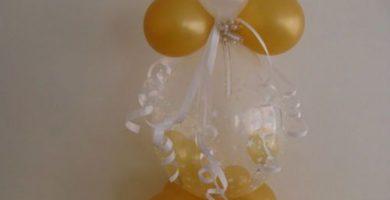 centros de mesa para bautizo con globos