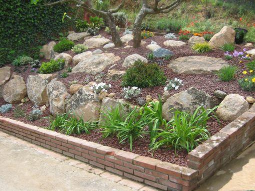 Como decorar un jardin con piedras