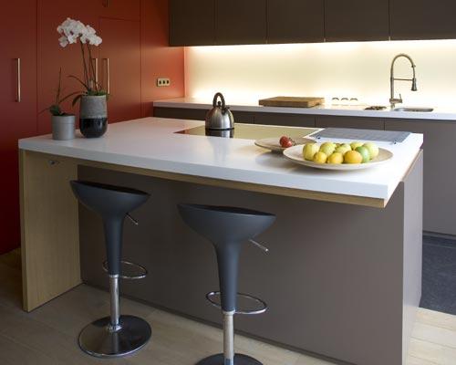 Diseños y arreglos de barras para cocinas