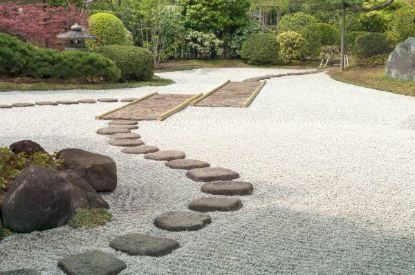 pasos-jardin-japones