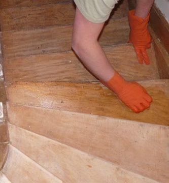 decapar escalera madera